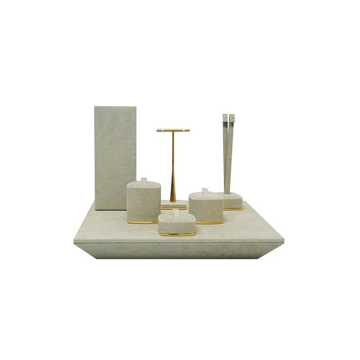 Vetrine per gioiellerie - base bilbao 03