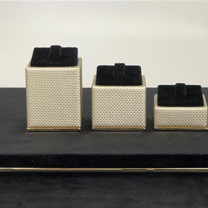 Espositori per gioielli - IMG 5103