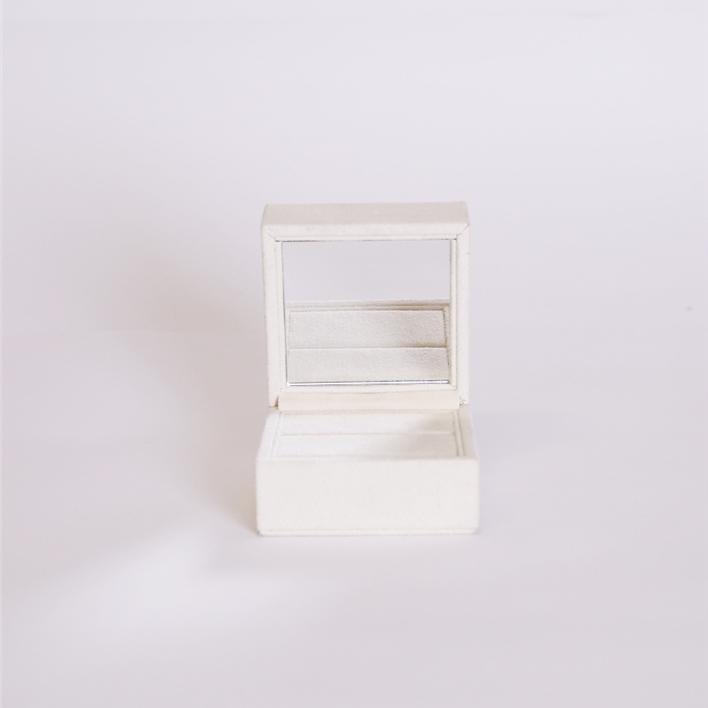 SCEGLI GLI ELEMENTI PER COMPORRE LA TUA VETRINA - specchio anello